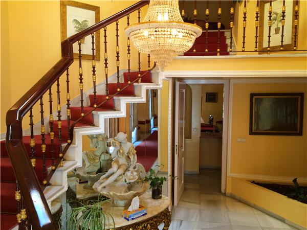 Urlaub in spanien ruime landhuis 400m van het strand met adsl villa parra marbella golden - Het creeren van een master suite ...